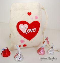 Newton's Nook Sweet Treats Blog Hop | Valentine Bag by Stephanie Muzzulin |  Darling Hearts Dies by Newton's Nook Designs #newtonsnook