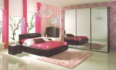 pretty in pink bedroom.