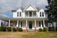 Free House in North Carolina - Historic Home for Sale - Country Living