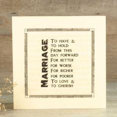 Caja de recuerdos de boda realizada en madera natural por sólo 29,95€ en UBOshop  http://www.unabodaoriginal.es