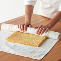 How to make a cake roll.