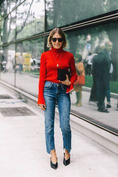 Parisienne: FLARED SLEEVE