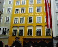 A casa amarela aonde Mozart nasceu