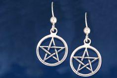 Pentacle earrings from Oroboro shop http://www.oroboro.eu/GIOIELLI-CELTICI.html