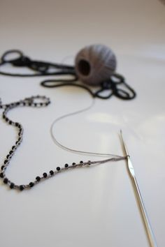 Tutorial - how to make crochet beads jewelery
