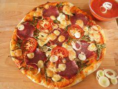 A tökéletes pizzatészta, és ami a pizzán túl lehet belőle Mozzarella, Vegetable Pizza, Vegetables, Food, Essen, Vegetable Recipes, Meals, Yemek, Veggies