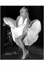 💗Marilyn💗 as Marilyn Monroe. My favorite Marilyn movie yet! Also the film she was shooting in My Week with Marilyn, the 2011 film. Bert Stern, Fotos Marilyn Monroe, Marilyn Monroe Poster, Marylin Monroe Pictures, Marilyn Monroe Birthday, Marilyn Monroe And Audrey Hepburn, Marilyn Monroe Movies, Marilyn Monroe Portrait, The Face