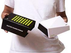 Nike Vapor Strobe Packaging – Innovative eyewear technology requires innovative package design.