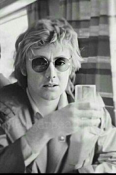 Queen Drummer, Nirvana Lyrics, Princes Of The Universe, Roger Taylor Queen, Queen Photos, Queen Band, John Deacon, Killer Queen, Gibson Les Paul