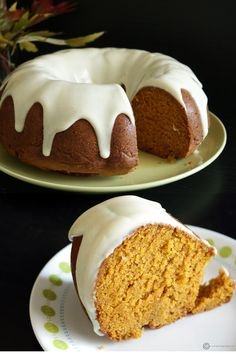 Vegan Pumpkin Bundt cake * By far the BEST pumpkin cake I have ever made! It was so moist and the 'frosting' was spot on