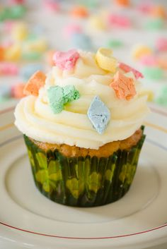 Lucky Charms Cupcakes for St Patty's Day