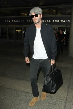 Celebrity Styles for Men - David Beckham- 20 Times David Beckham Showed You How to Dress Well in 2016 - 2019 Fashion trends from style icon David Beckham Modern Mens Fashion, Urban Fashion, Cheap Fashion, Men's Fashion, Fashion Trends, Mens Style Guide, Men Style Tips, Male Style, David Beckham Style