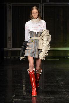 haute couture fashion Archives - Best Fashion Tips 80s Fashion, Fashion Art, Editorial Fashion, Runway Fashion, High Fashion, Fashion Outfits, Womens Fashion, Fashion Design, Fashion Deals