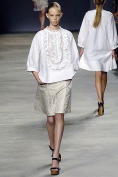 Chloé Spring 2006 Ready-to-Wear Fashion Show - Tanya Dziahileva