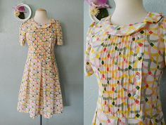 40's Unique Button Down Fitted Bodice Short Sleeve Art Deco Print Pleated Summer Pink, Yellow, Green Mini Dress Size XS S