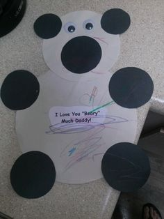 Ry's Happy Father's Day bear he made for daddy! Very cute and easy project for toddlers :)