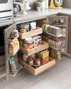Awesome Tiny House Kitchen Decor Storage Super Tiny House Kitchen Decor AufbewahrungsideenSmall Kitchen Remodel and Storage Hacks on a Budget✔ 44 best small kitchen design ideas for your tiny space 27 Small Kitchen Storage, Kitchen Small, Smart Kitchen, Awesome Kitchen, Small Storage, Beautiful Kitchen, Space Saving Kitchen, Kitchen Hacks, Kitchen Corner
