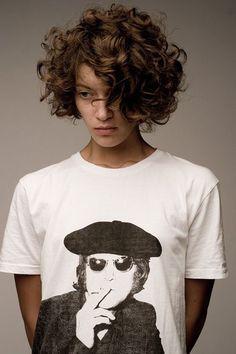 cute curly short hair #shortcurlyhair