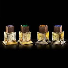 Baldi Над коллекцией работал парфюмер Энцо Галарди, известный нам по брендам Bois 1920 и Odori. А флаконы из толстого стекла сделаны флорентийским стеклодувом в стиле минимализма. Каждый флакон является отдельным драгоценным произведением искусства: удивительная парфюмерная композиция, платина и золото, дорогие породы дерева, резные камни – все это очаровывает и восхищает. #baldi #imagineparfum #niche #perfume