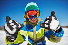 Narty znane są ludzkości od ok. 4 tysięcy lat. Początkowo używane były jako środek, który ułatwiał poruszanie się po śniegu. Dzisiaj są traktowane głównie jako jeden ze sportów zimowych - taki sposób postrzegania nart upowszechnił się dopiero w XIX wieku.