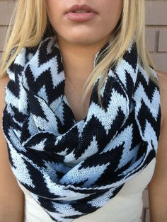 Black & White Chevron Knit Scarf from Dainty Hooligan. Saved to Accessories🎀. Black And White Scarf, Black White, Chevron Scarves, Womens Fashion Online, Autumn Winter Fashion, Fall Fashion, Passion For Fashion, Fashion Beauty, Cute Outfits