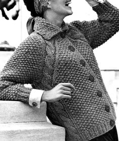 Ladies' 1960s Bulky Seed-Stitch Cardigan with Cable Detail