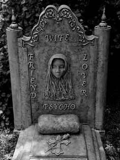 This has to be the most honest tombstone ever created. This has to be the most honest tombstone ever created. Cemetery Monuments, Cemetery Statues, Cemetery Headstones, Old Cemeteries, Cemetery Art, Graveyards, Dark Side, Unusual Headstones, Cemetery Angels