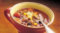 Slow-Cooker Beef-Vegetable Chili using Green Giant veggies. Round steak in place of ground beef makes a classic kettle creation more hearty and delicious. Only takes 20 minutes to prep.