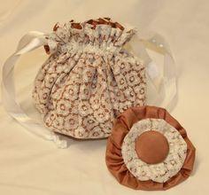 -traumhaft schöner Braut Pompadour aus Hautfarbener Seide und weißer Spitze aus dem Brautkleidstoff meiner Tante (70er Jahre