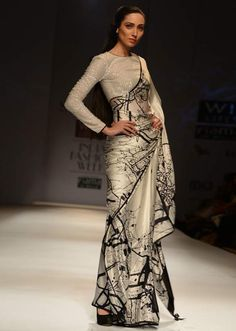 http://www.kalkifashion.com/wills-fashion-week-2013-collection-by-satyapaul-16.html