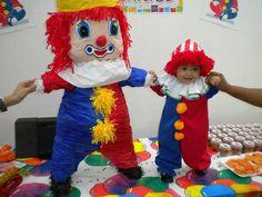 Trepsi Ideas Para Fiestas, Baby Birthday, First Birthdays, Ronald Mcdonald, Harajuku, Baby Boy, Party, Style, Clowns