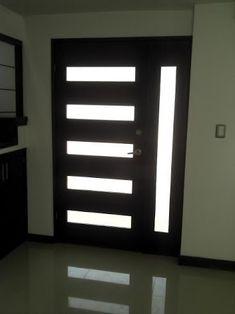 Puertas de madera puertas de ingreso pinterest puertas for Puertas para casas minimalistas