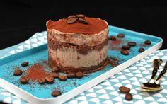 Tiramisu ist ein Dessert der ganz besonderen Art, nur leider weit entfernt von vegan & gesund. Das kann man ändern!