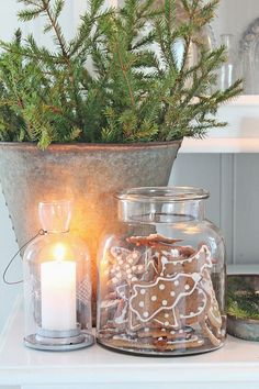 VIBEKE DESIGN | simple Christmas decor | galvanized metal greenery glass candle | LFF Designs | www.facebook.com/LFFdesigns #christmascandlesjars