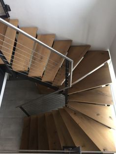 Spiral staircase with cable railing Interior Stair Railing, Staircase Railings, Spiral Staircase, Staircase Design, Stairways, Metal Stairs, Modern Stairs, Stair Kits, Oak Framed Buildings