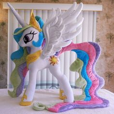 Celestia, handmade by EquestriaPlush Cumple My Little Pony, Mlp My Little Pony, Plushie Patterns, Felt Patterns, Unicorn Pinata, Unicorn Party, Little Poney, Baby Mobile, Monster High Dolls