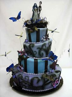 I would so have this as my wedding cake just for the reaction :p