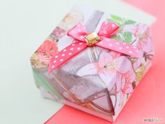 Two methods for making a Gift Box out of a Greeting Card Or view this tute: http://bphotoart.com/make-boxes-from-greeting-cards/