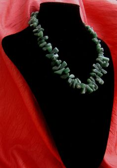 Statement necklace Emerald color necklace jewlery by BBBsDesigns, $36.00