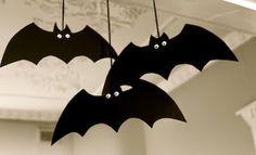 Morcegos para decorar a sala de aula & Paper Plate Bats | Bats Simple halloween decorations and Halloween fun