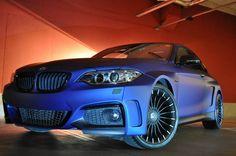 SsangYong Tivoli & BMW 2 F22: