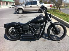 Blacked out Dyna - hello beautiful!