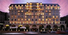 The charming Cape Royale Hotel is in Green Point in Cape Town, South Africa. This tree-lined suburb is within easy reach of the waterfront and the CBD. Exclusive decor and facilities can be found throughout this modern hotel. Best Hotel Deals, Best Hotels, Holiday Competitions, African Holidays, Clifton Beach, Best Travel Sites, Cape Town Hotels, Spa Hotel, Stay The Night