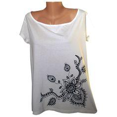 06fc1b3267c Bílé tričko s černým květem velikost na přání   Zboží prodejce M DESIGN