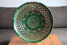 Plate with fretwork from Úbeda @ thebotijo.com #homedecor #homedesign #decor #decoration #ceramic #plate