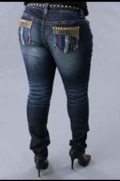 cf74db46d17 Plus size jeans. so cute Putting Outfits Together