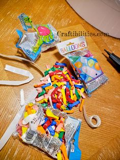 GIANT mosaic numbers / letters filled with balloons - Party decoration idea - DIY How to make tutorial - birthday Birthday Balloon Decorations, Birthday Balloons, Birthday Party Decorations, Number Balloons, Letter Balloons, Diy Birthday Number, Birthday Ideas, How To Make Banners, Party Invitations Kids