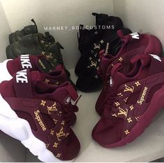 Trendy Sneakers Nike Huarache Just Do It Nike Huarache, Zapatillas Nike Jordan, Cute Sneakers, Sneakers Nike, Air Jordan Sneakers, Girls Sneakers, Sell Shoes, Lit Shoes, Haraches Shoes