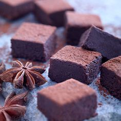 Chokoladetrøffel med stjerneanis - Opskrifter