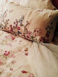 vintage linens: